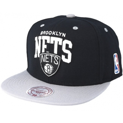 TEAM ARCH SNAPBACK BROOKLYN NETS